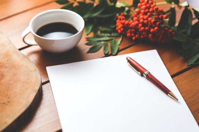 coffee-cup-desk-pen